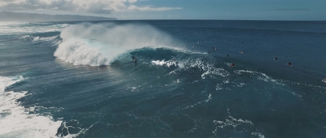 Winter Wonderland 2 unleashed surfer