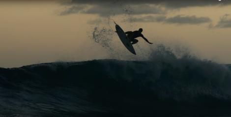 dc-surf-in-tahiti-tamaa